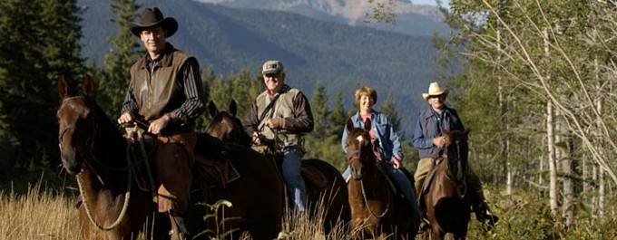 Horseback Riding in Jasper National Park &#8211; Book Here!