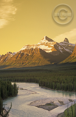 jnp0236 mtchristie jaspernationalpark 1 Accommodations in Jasper   Get $500 Worth of Savings!