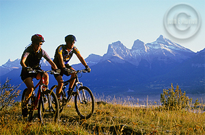 mountainbikers Activities in Banff, Alberta